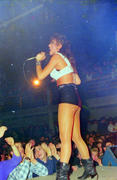 Incredible set of concert pictures! Th_02111_4208664384_f6c39cecd1_o_122_354lo
