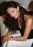 th_36826_Sofia_Milos_Mercedes-Benz_Fall_2007_Fashion_Week_7_122_421lo.jpg