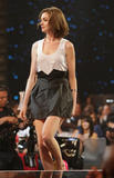 http://img234.imagevenue.com/loc50/th_23276_Celebutopia-Anne_Hathaway-Spike_TV9s_2nd_Annual_Guys_Choice_Awards_Show-08_122_50lo.jpg